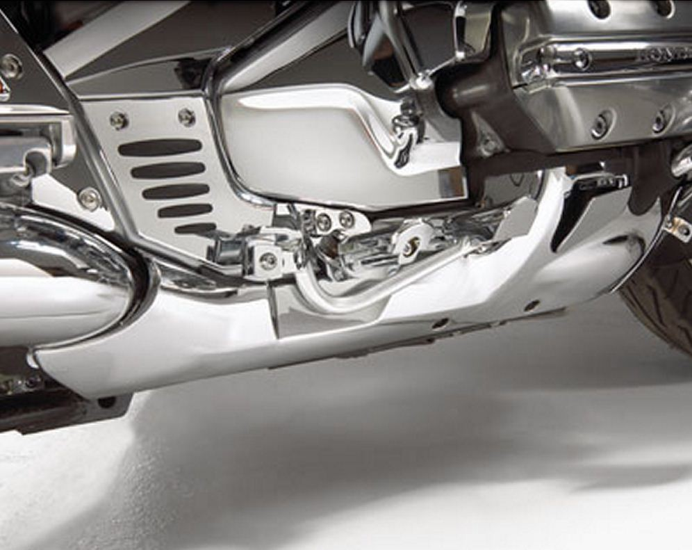 CHROME LOWER REAR COWL WITH COMFORT PACKAGE FOR GL1800