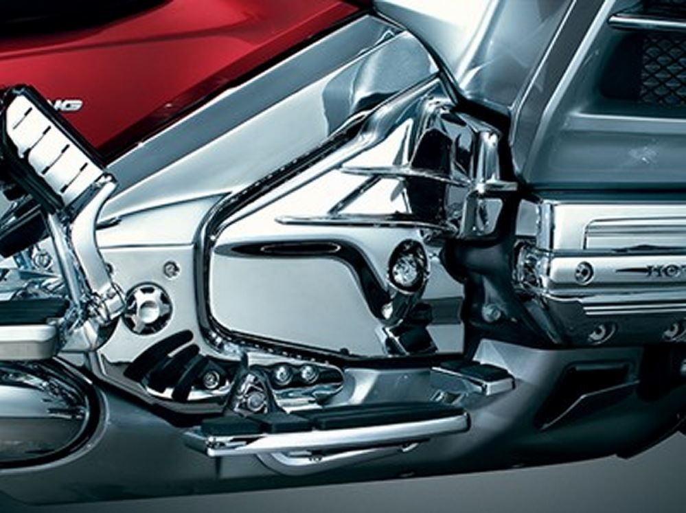 KURYAKYN LOUVERED CHROME TRANSMISSION COVER GOLDWING GL 1800