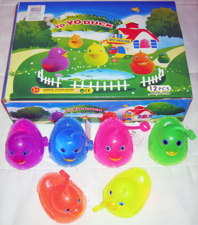 "DUCKSQ - 3"" Light Up Squeking Ducky Yo Yo (12pcs @ $0.85/pc)"
