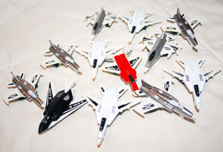 "BR246 - 3"" Assorted G-Force Toy Fighter Jet (72 pcs @ $0.30/pc).."