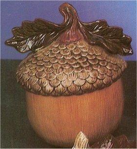 """Acorn Jar & Lid 8.5""""T"""