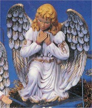 """Lg. Kneeling Kimple Angel 10""""T"""