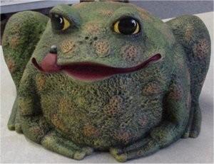 """DH Garden Toad 7""""x10"""""""