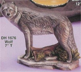 DH Standing Wolf