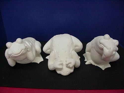 "Hear,See,Speak No Evil Frogs 6.75"" Set"