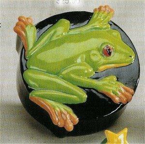 "Tree Frog Box 5""D"