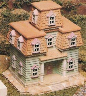 "VIP Victorian House 8x7.5"""