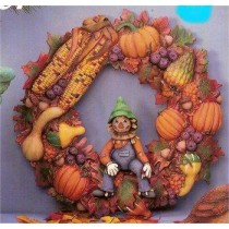"Autumn Wreath w/Scarecrow 16""D"