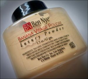 Banana Luxury Powder by Ben Nye. 3 oz.