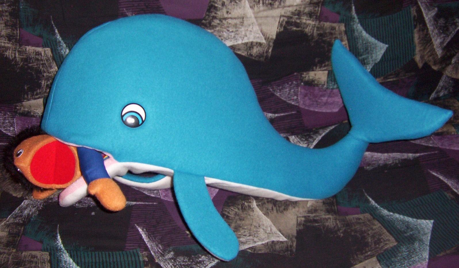 Mini-Whale swallowing Jonah